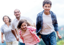 Educación Para Personas que cuidan de familiares y amigos afectados por una condition de salud mental
